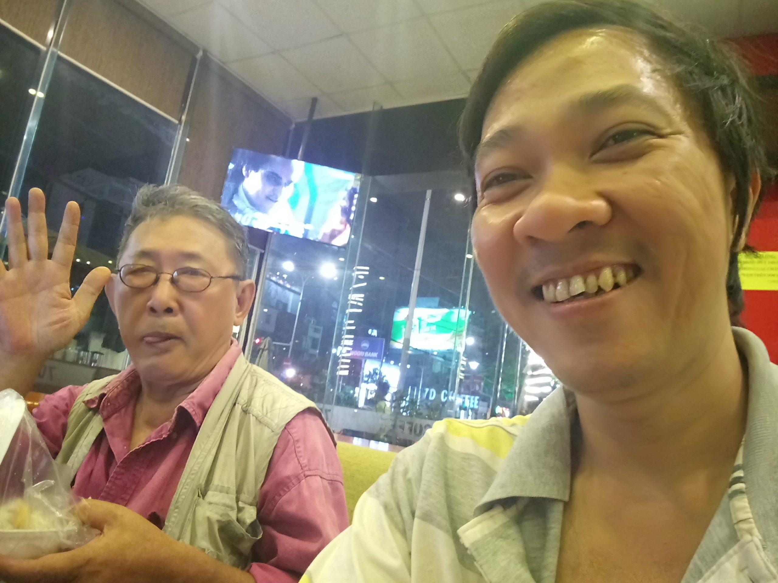 Chém về Webiste với vị cao niên bên Mỹ về Dr Cao
